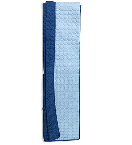 Útmutató a takaró párnává hajtogatásához  5efc5f7754